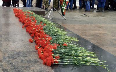 День Неизвестного Солдата Захар Прилепин встретил в Вологде