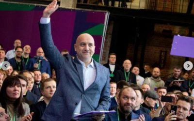 Захар Прилепин вновь идёт на войну — политическую