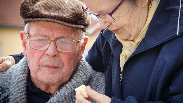 Добровольцы Движения ЗА ПРАВДУ пришли на помощь оренбургским пенсионерам