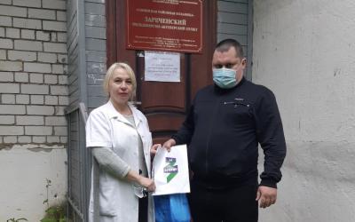 Активисты во Владимире помогают фельдшерам