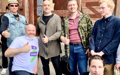 Захар Прилепин и Иван Охлобыстин приняли участие в благоустройстве «Есенин-центра»