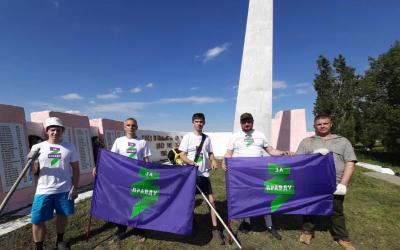 Добровольцы в Воронеже восстанавливают памятники войны