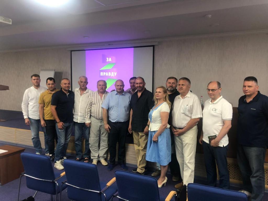 Александр Казаков в рамках тура по южным регионам встретился с местными активом в Краснодаре 1
