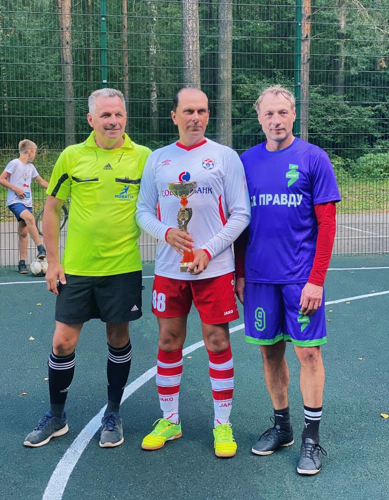 За честный футбол: команда «ЗА ПРАВДУ» приняла участие в футбольном турнире в Костроме 11