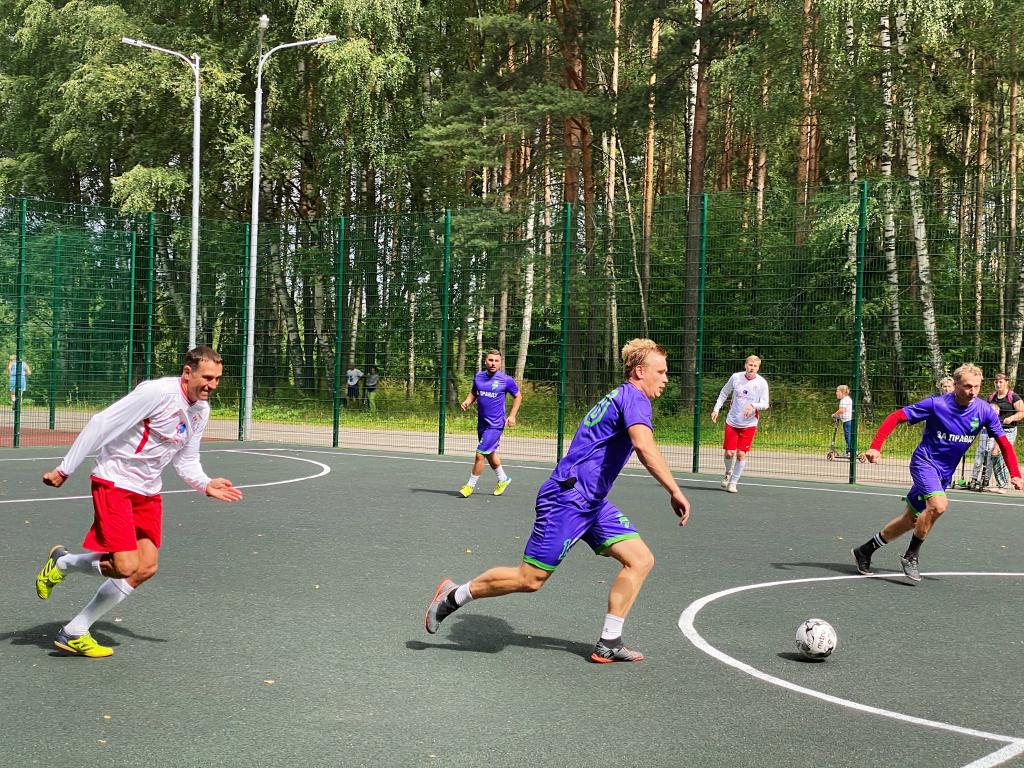 За честный футбол: команда «ЗА ПРАВДУ» приняла участие в футбольном турнире в Костроме 2