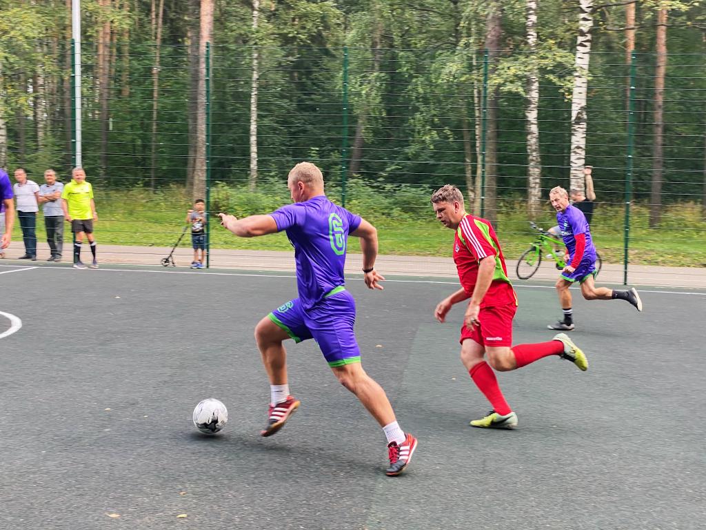 За честный футбол: команда «ЗА ПРАВДУ» приняла участие в футбольном турнире в Костроме 5