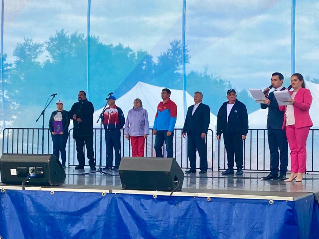 Стивен Сигал принял участие в губернаторских играх в Костромской области 4