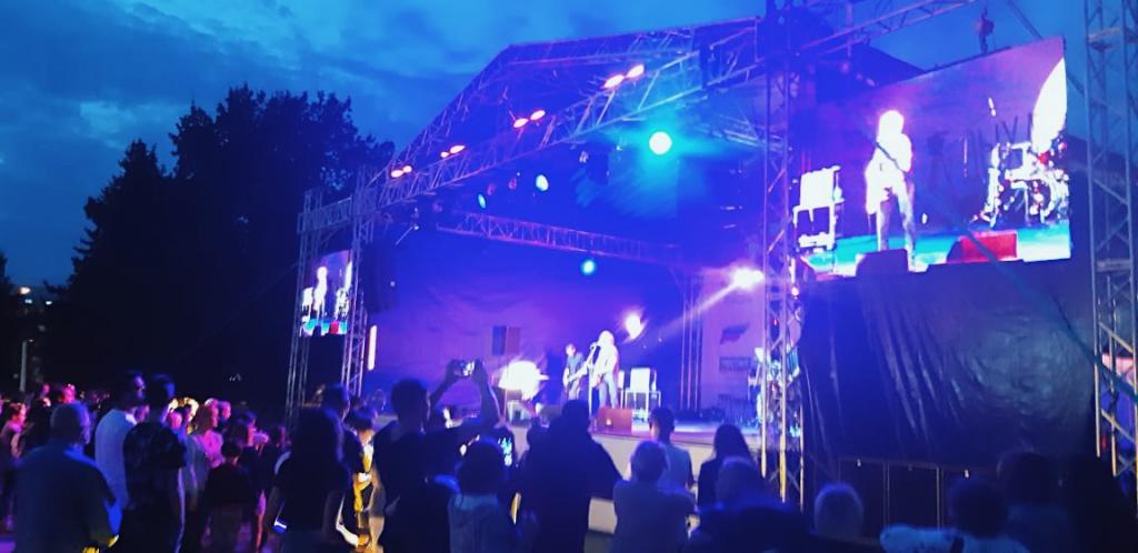 Джанго выступил на фестивале «Дыхание города» в Костроме 3