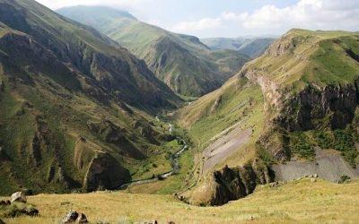 Захар Прилепин предложил решение армяно-азербайджанского конфликта