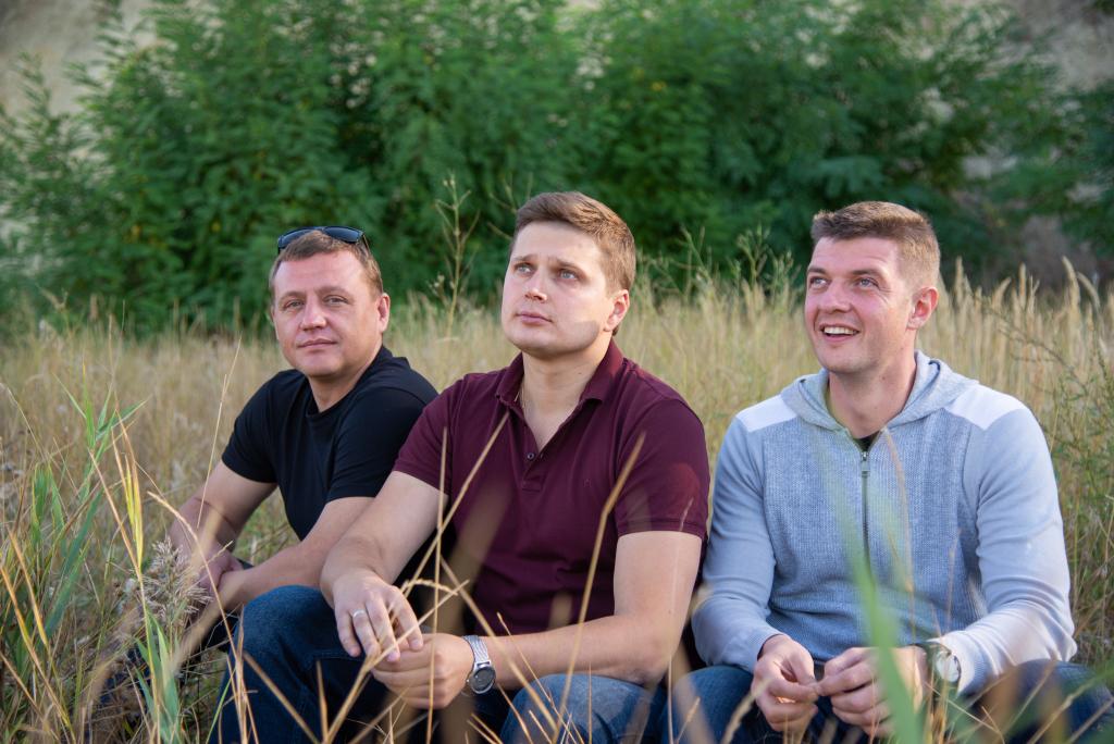 Захар Прилепин принял участие в торжественном открытии школы в Белгородской области 12