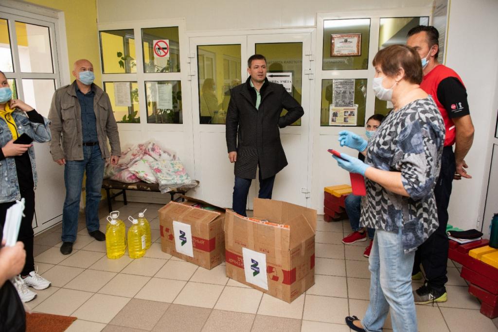Григорий Парсентьев передал помощь пострадавшим от взрывов в Рязанской области 2