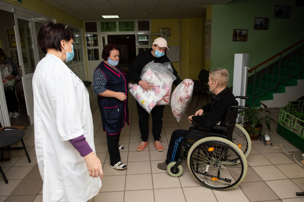 Григорий Парсентьев передал помощь пострадавшим от взрывов в Рязанской области 3