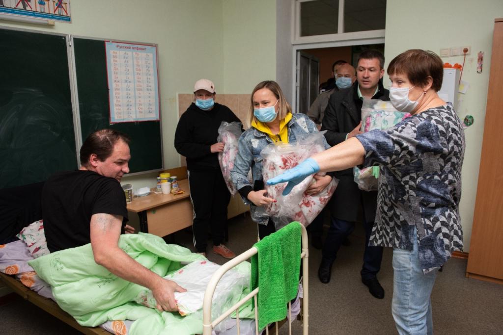 Григорий Парсентьев передал помощь пострадавшим от взрывов в Рязанской области 4