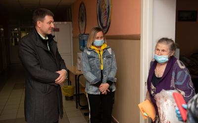 Григорий Парсентьев передал помощь пострадавшим от взрывов в Рязанской области