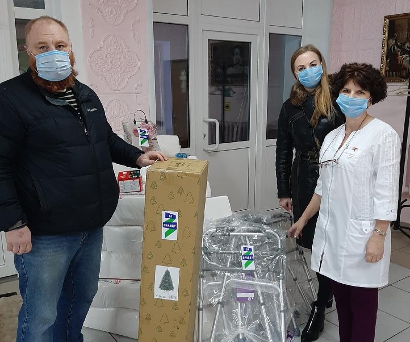 Активисты ЗА ПРАВДУ в Курской области подарили подарки ветеранам