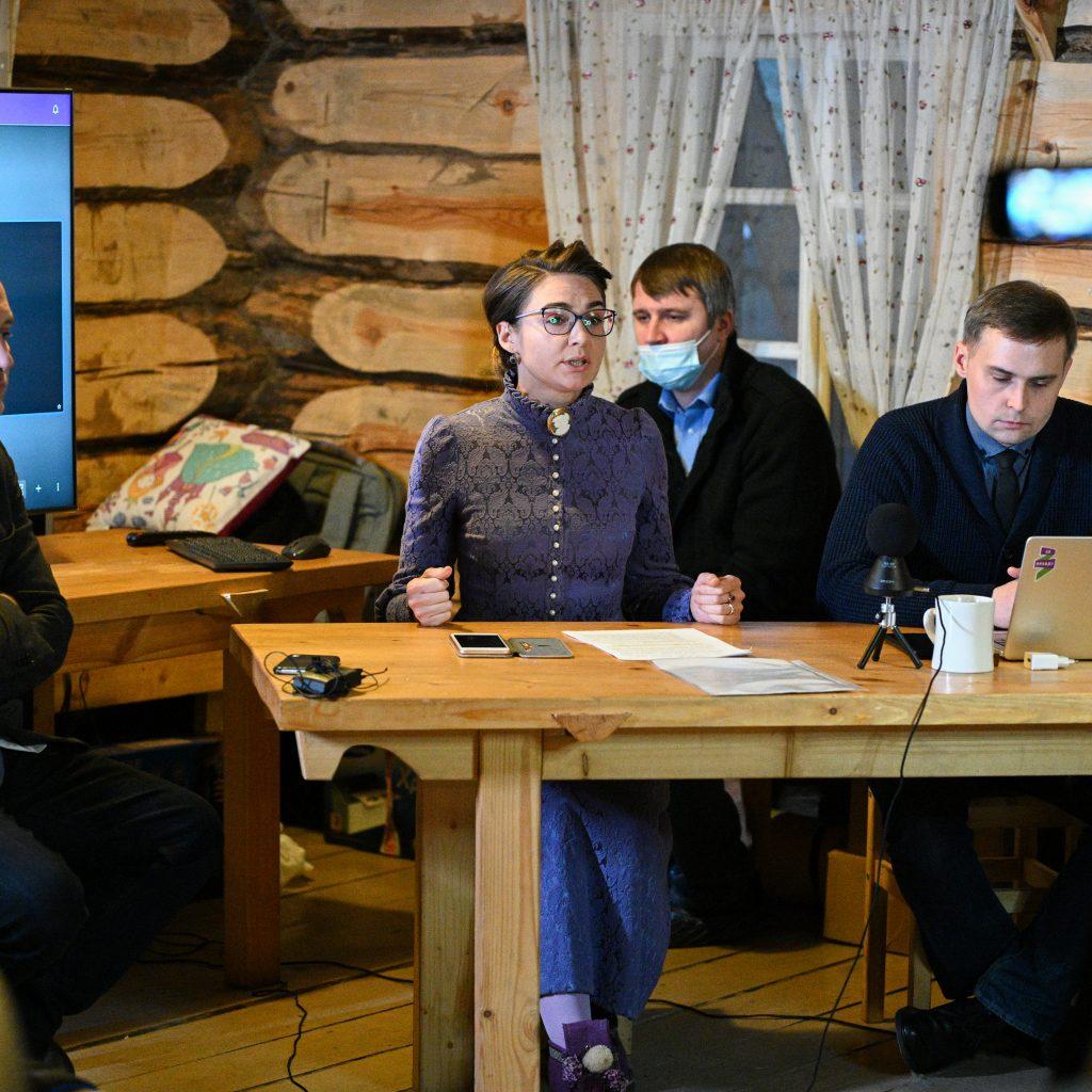 2 декабря на хуторе Захара Прилепина прошло «Всероссийское родительское собрание» 1