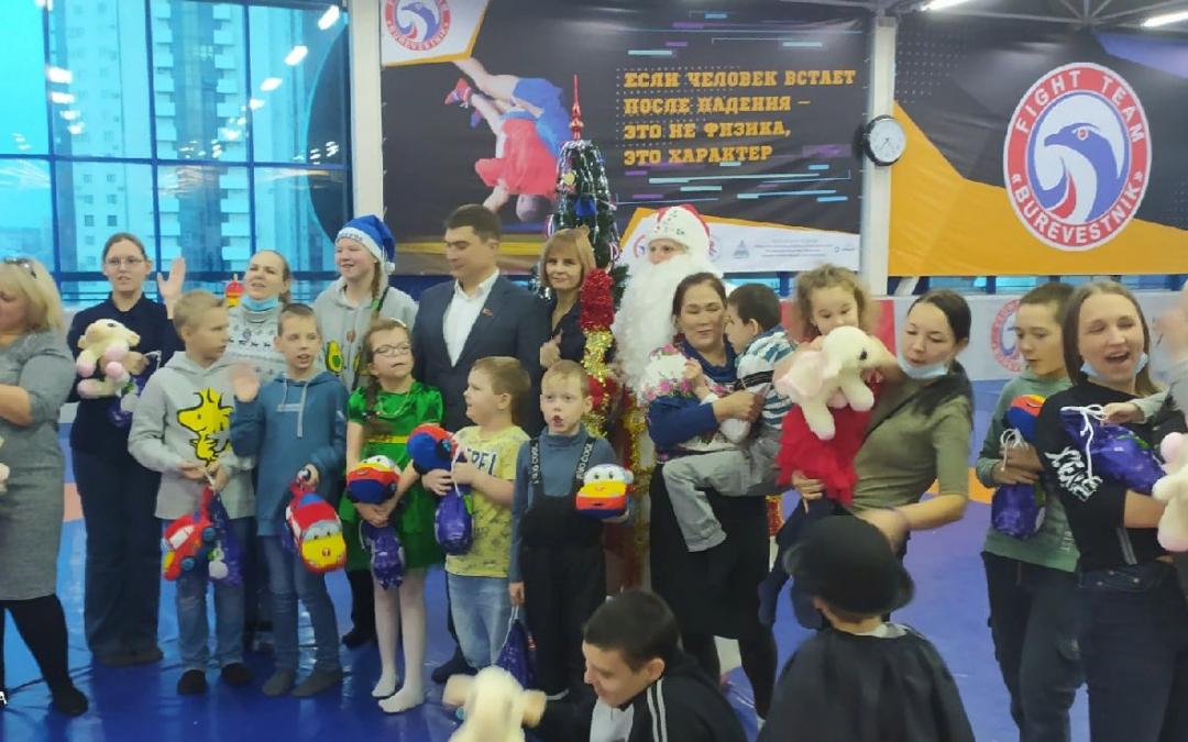Новый год – особенным детям в Челябинске