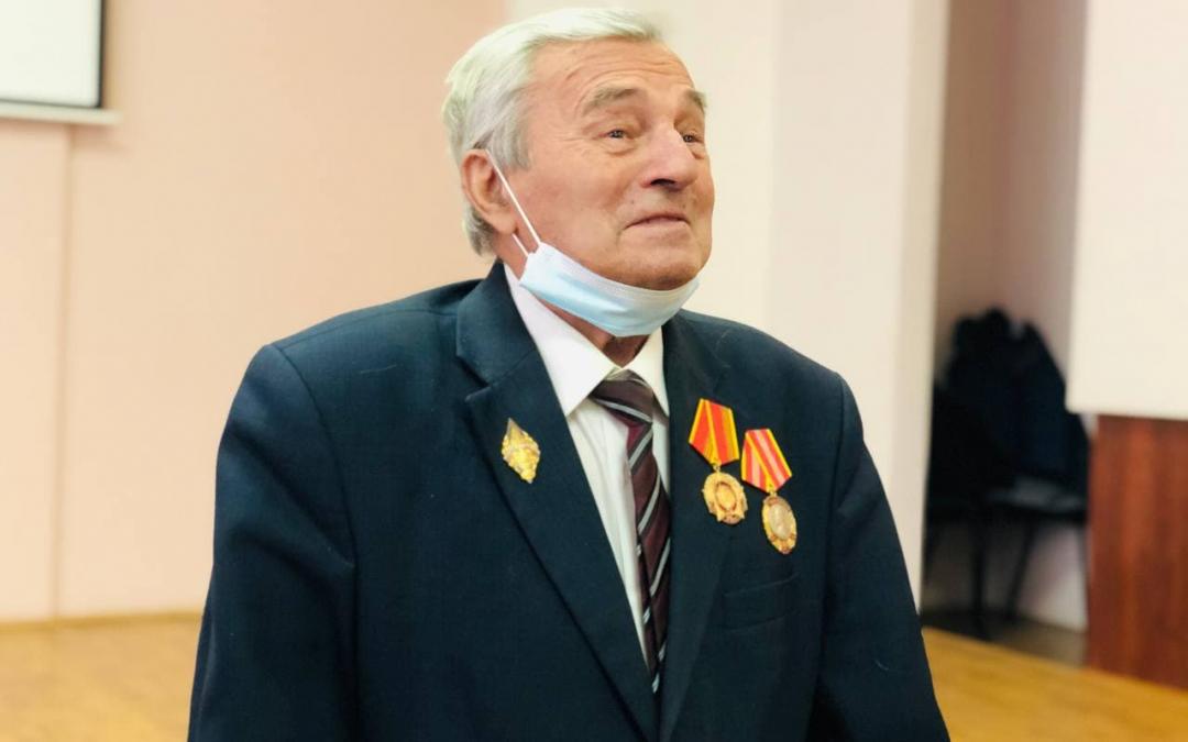 Сторонник ЗА ПРАВДУ в Рязанской области развез подарки в честь годовщины окончания Блокады