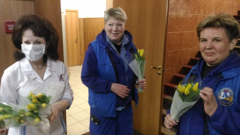 Движение Захара Прилепина поздравило женщин по всей стране 7