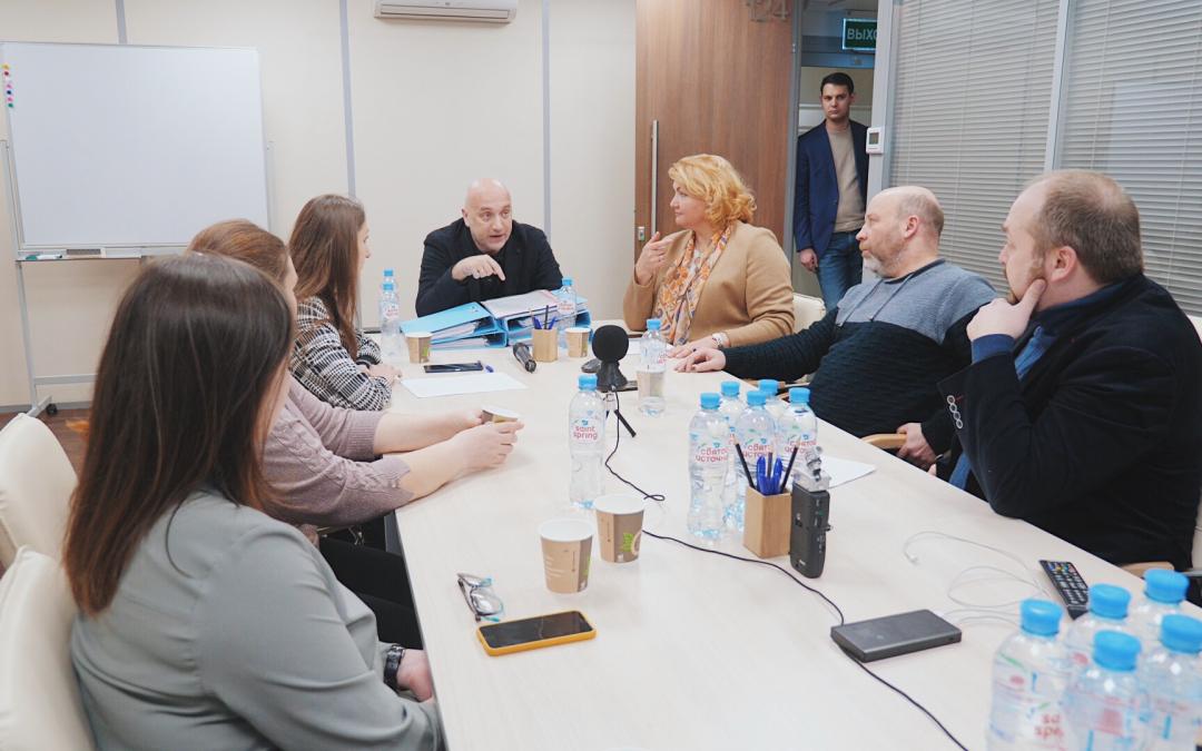 Встреча лидеров Объединенной партии с представителями родительского сообщества по вопросам реформы образования