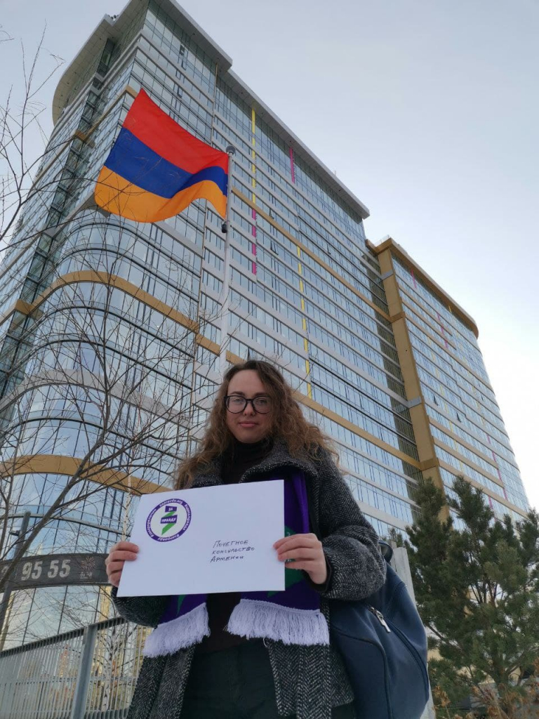 Гвардия Захара Прилепина в Екатеринбурге напомнила дипломатам о развале СССР 2