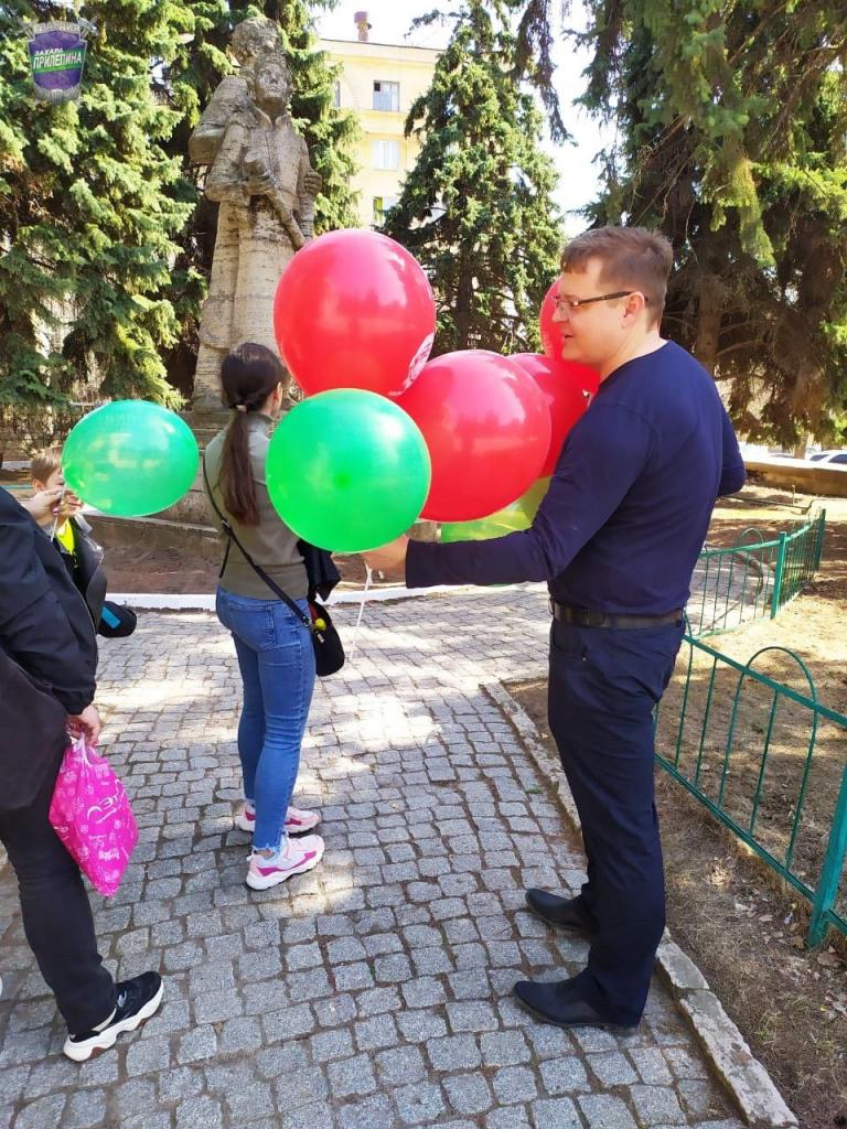 По всей России прошли акции Движения Захара Прилепина в честь 60-летия первого полета человека в космос 18