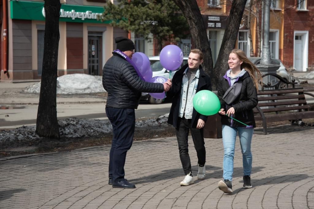 По всей России прошли акции Движения Захара Прилепина в честь 60-летия первого полета человека в космос 28