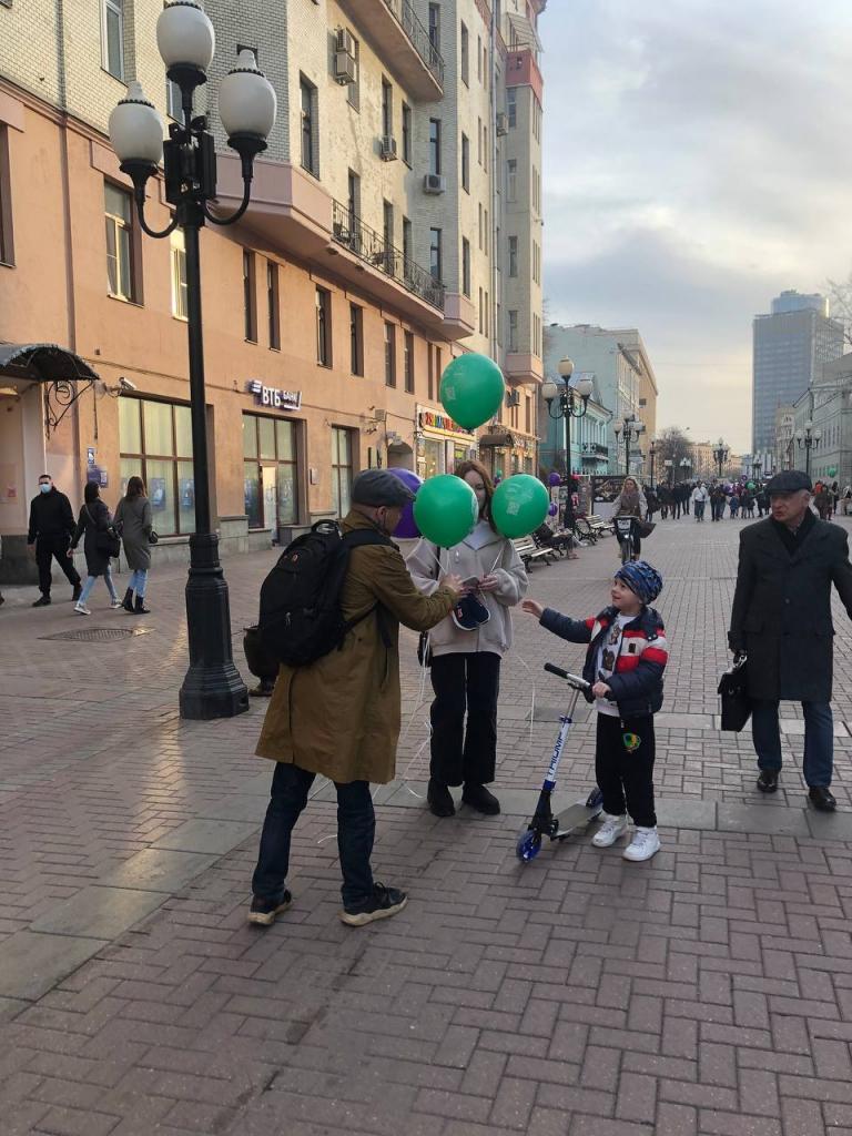 По всей России прошли акции Движения Захара Прилепина в честь 60-летия первого полета человека в космос 11