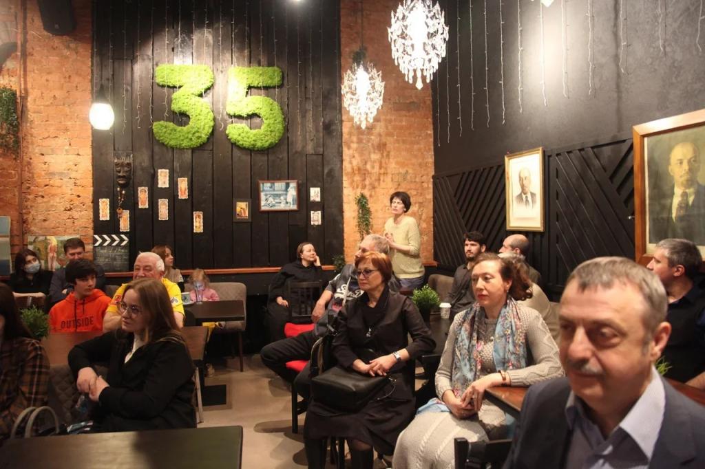 Первое заседание дискуссионного клуба Движения Захара Прилепина в СВАО посвятили Гагарину 4