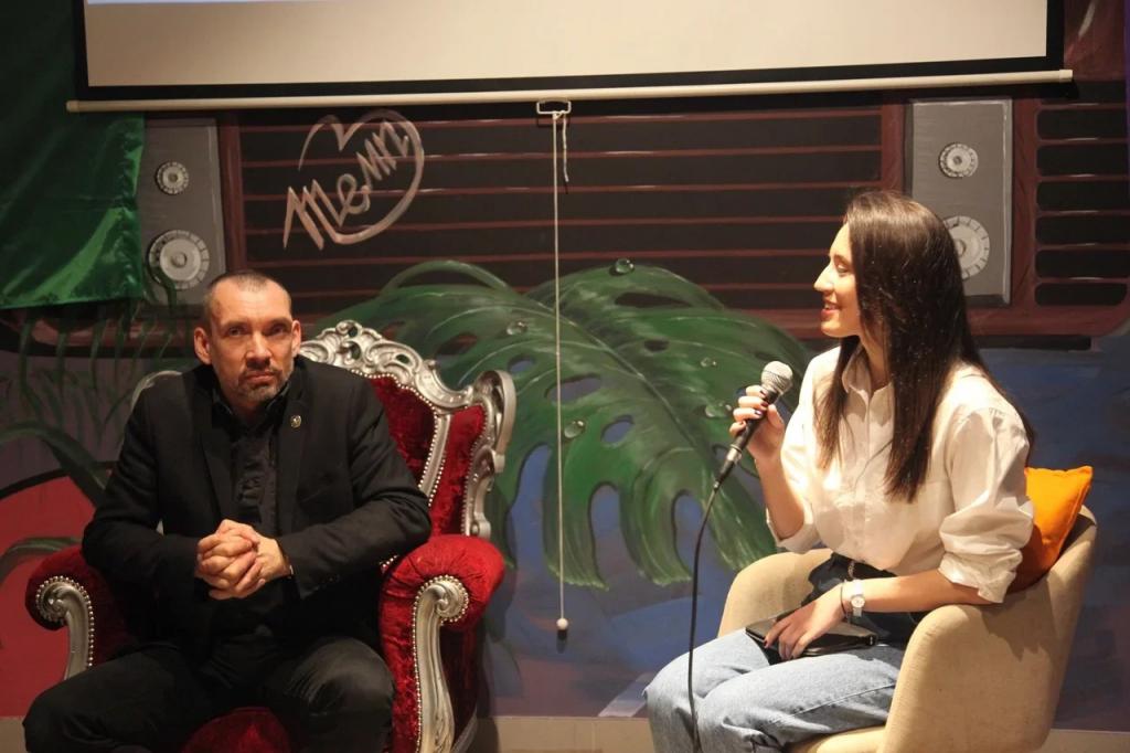 Первое заседание дискуссионного клуба Движения Захара Прилепина в СВАО посвятили Гагарину 3