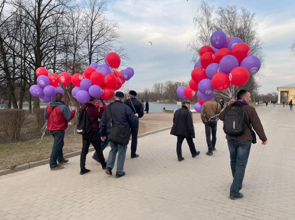 По всей России прошли акции Движения Захара Прилепина в честь 60-летия первого полета человека в космос 31