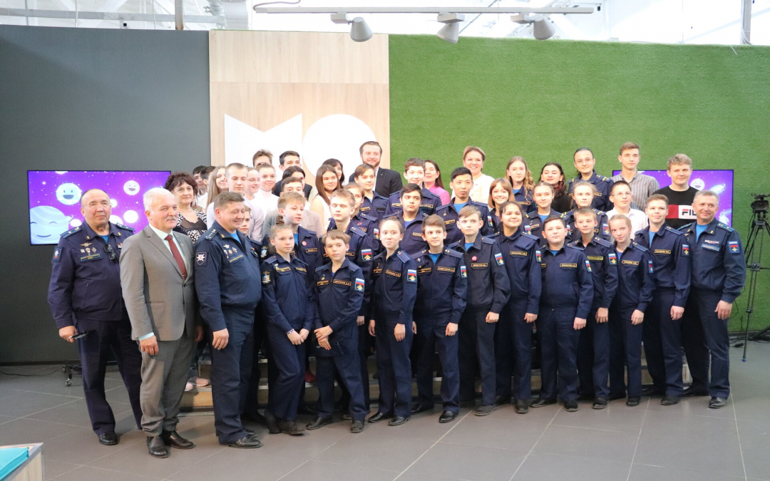 Культурный фронт Захара Прилепина открывает Школу юных космонавтов