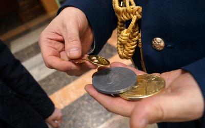Медали героев передали музею Дома офицеров в Екатеринбурге
