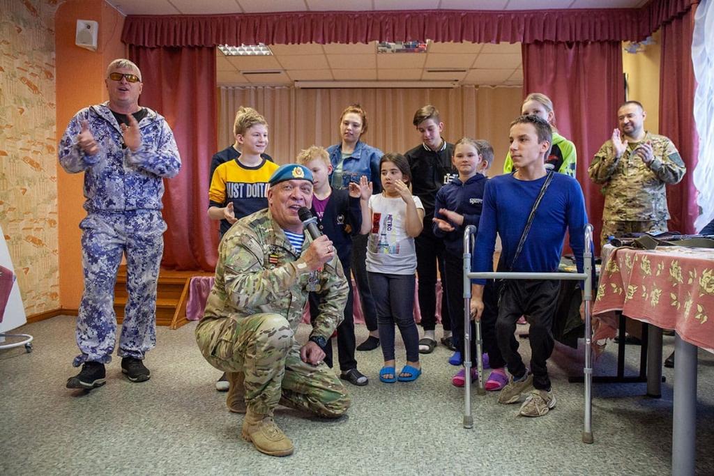 Активисты Движения Захара Прилепина провели «Урок мужества» в нижегородском детском доме 9