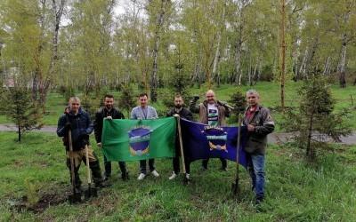 В Иркутске гвардейцы Захара Прилепина озеленили Грибоедовскую рощу