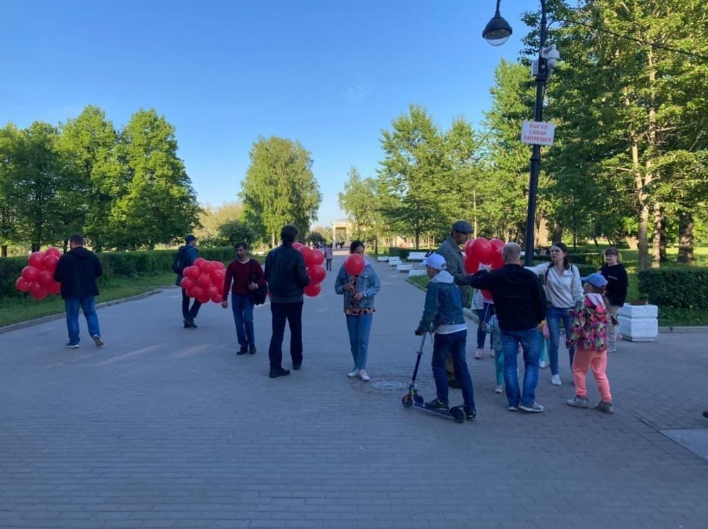 Гвардия Захара Прилепина в Санкт-Петербурге провела мероприятие, посвящённое Дню защиты детей 1