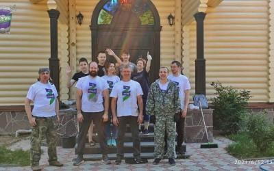 Гвардейцы привели в порядок храм в Лукино