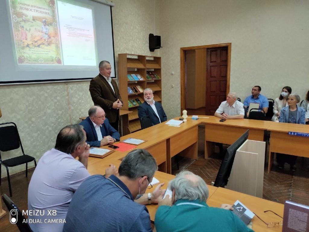 В Нижнем Новгороде говорили о защите русского языка 1