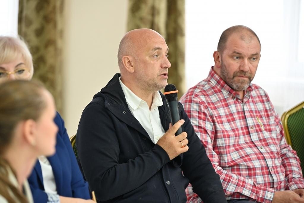 Диалог на равных: в Листвянке состоялась первая встреча Координационного совета по вопросам сохранения Байкала 3