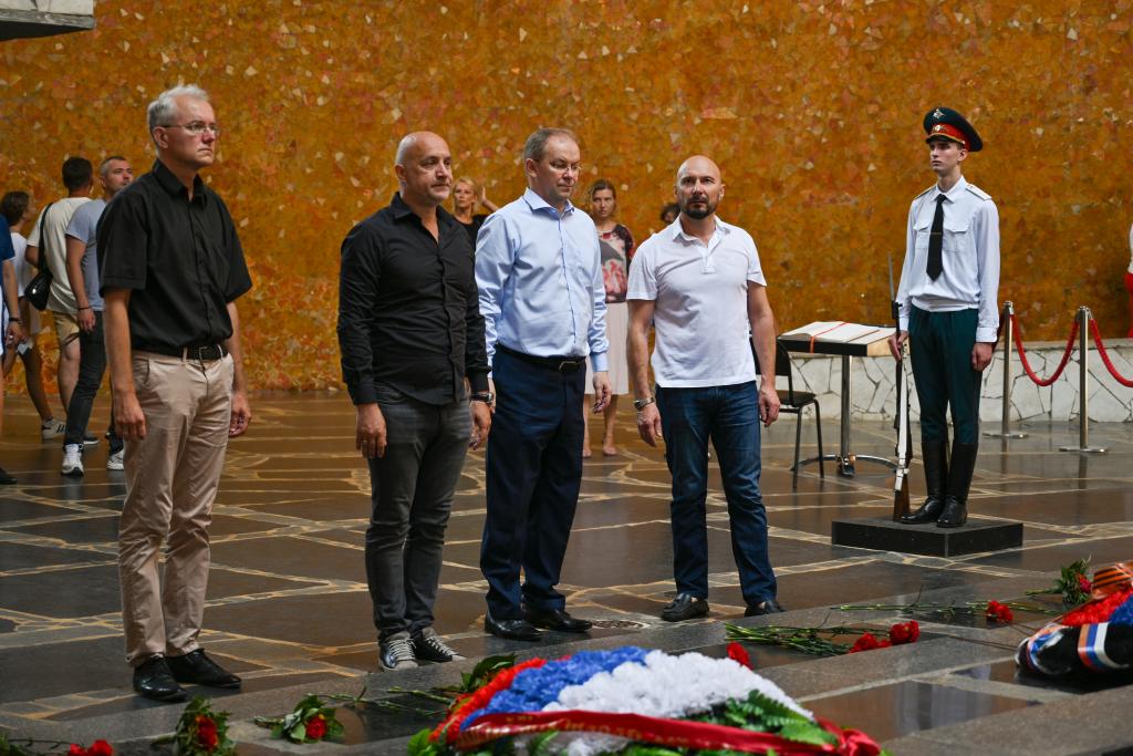Захар Прилепин находится с рабочим визитом в Волгограде 2