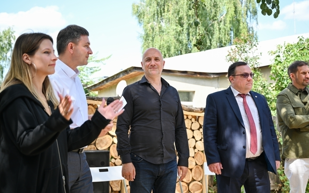 Захар Прилепин открыл арт-пространство Есенин Центра