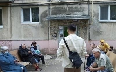 Артем Чеботарев: «Многие депутаты не решают проблемы, потому что просто не хотят их видеть»